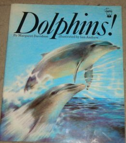 9780590703567: Dolphins