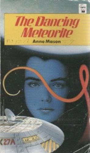 9780590705417: The Dancing Meteorite (Hippo Books)