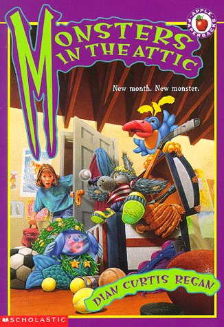 9780590844734: Monsters in the Attic