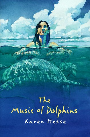 9780590897976: The Music of Dolphins