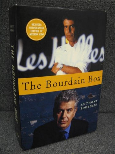9780594222781: Anthony Bourdain Box 2 Book Set: Kitchen Confidential / Medium Raw