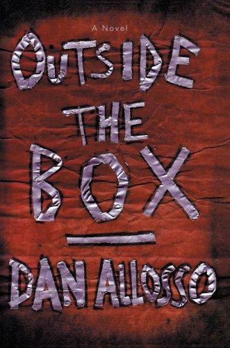 9780595686216: Outside the Box