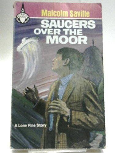 9780600007418: Saucers Over the Moor