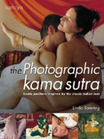 9780600602347: The Photographic