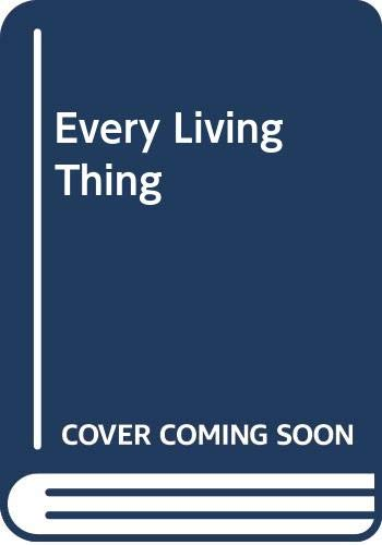 9780606037808: Every Living Thing