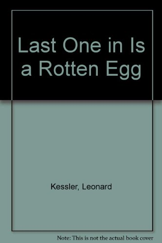 9780606042635: Last One in Is a Rotten Egg