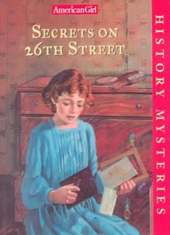 9780606175197: Secrets on 26th Street (History Mysteries)