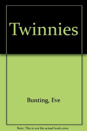 9780606214971: Twinnies