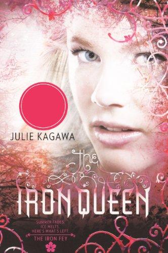 9780606232586: The Iron Queen (Turtleback School & Library Binding Edition) (Iron Fey)