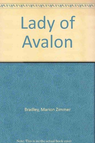 9780606255431: Lady of Avalon