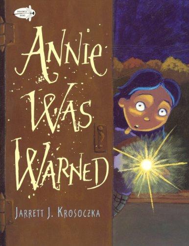 9780606321884: Annie Was Warned (Turtleback School & Library Binding Edition)