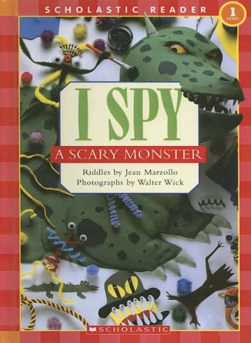 9780606338318: I Spy a Scary Monster