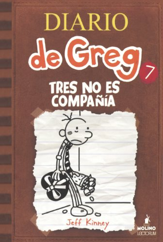 9780606356497: Tres No Es Compania (the Third Wheel) (Diario De Greg)