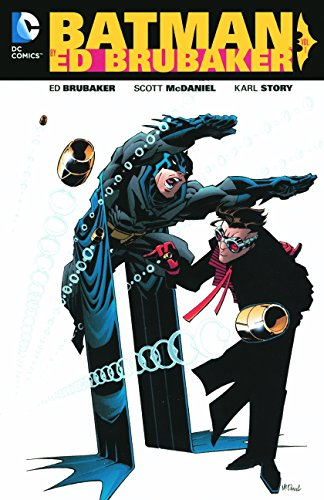 9780606392013: Batman by Ed Brubaker, Volume 1