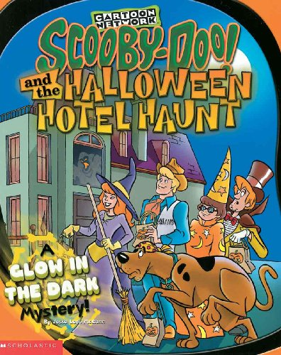 9780613297394: Scooby-Doo and the Halloween Hotel Haunt: A Glow in the Dark Mystery