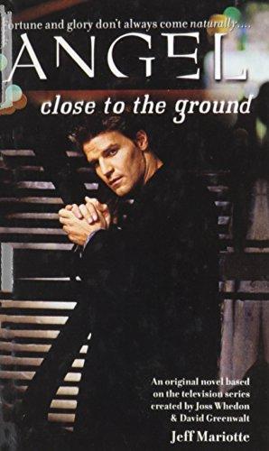 9780613631877: Close to the Ground