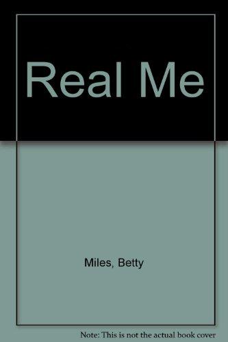 9780613940368: Real Me