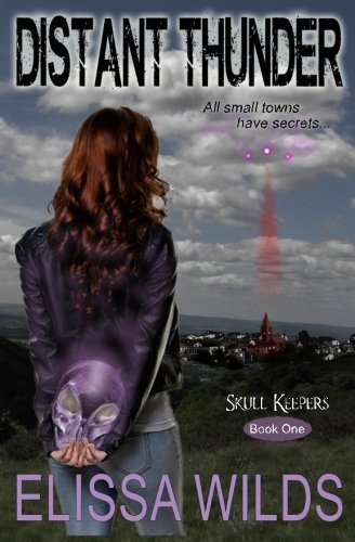Distant Thunder: Skull Keepers Series: Elissa Wilds