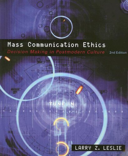 9780618260195: Mass Communication Ethics: Decision Making in Postmodern Culture