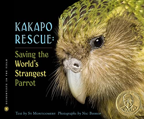 9780618494170: Kakapo Rescue: Saving the World's Strangest Parrot (Scientists in the Field Series)