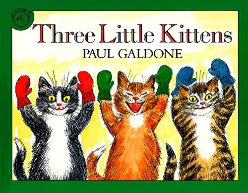 9780618852857: Three Little Kittens Book & CD (Paul Galdone Classics)