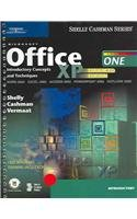 9780619200046: Microsoft Office XP: Introductory Concepts and Techniques, Enhanced (Shelly Cashman)