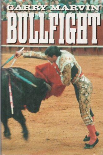 9780631154716: Bull Fighting in Spain