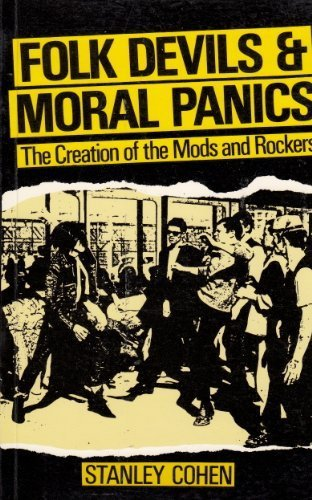 9780631157823: Folk Devils and Moral Panics the Creation of the Mods and Rockers