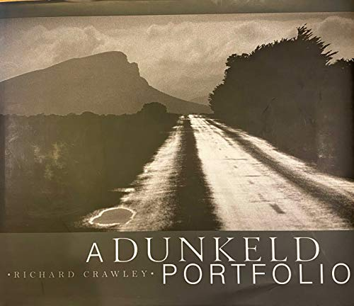 9780646440231: A Dunkeld Portfolio - Richard Crawley