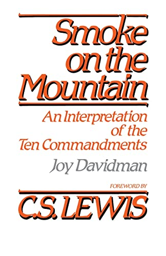 9780664246808: Smoke on the Mountain: An Interpretation of the Ten Commandments