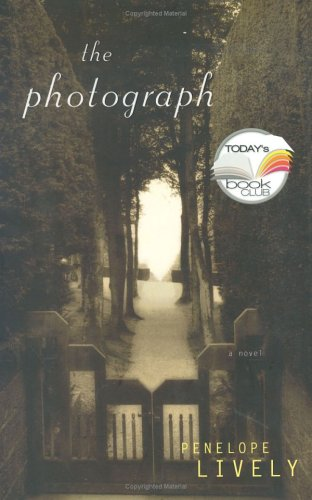 The Photograph (Today Show Book Club #21) (9780670033621) by Penelope Lively