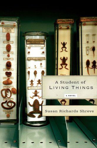 9780670037582: A Student of Living Things