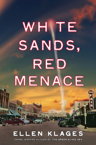 9780670062355: White Sands, Red Menace