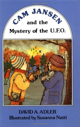 9780670200412: Cam Jansen: The Mystery of the U.F.O. #2