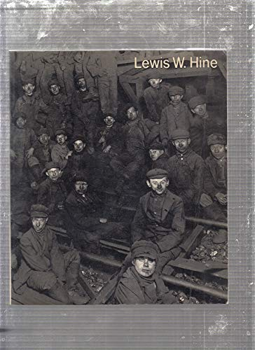 9780670427437: Title: Lewis W Hine ICP library of photographers