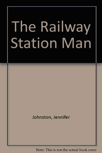 9780670805938: The Railway Station Man