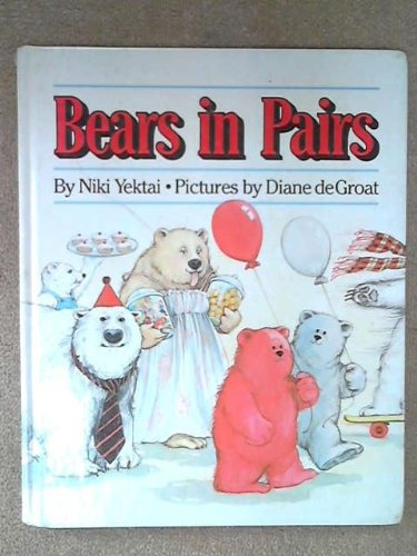 9780670822348: Bears in Pairs (Viking Kestrel Picture Books)