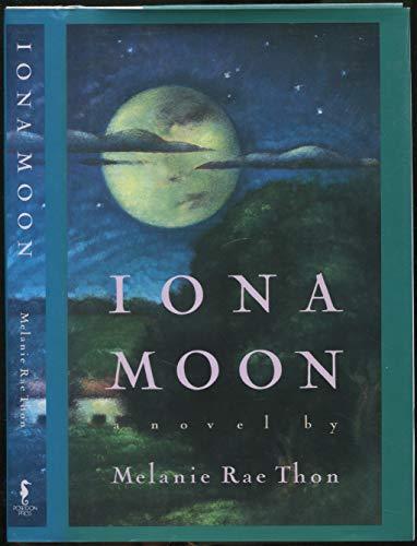 9780670848454: Iona Moon