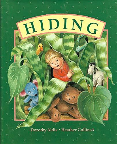 9780670854103: Hiding
