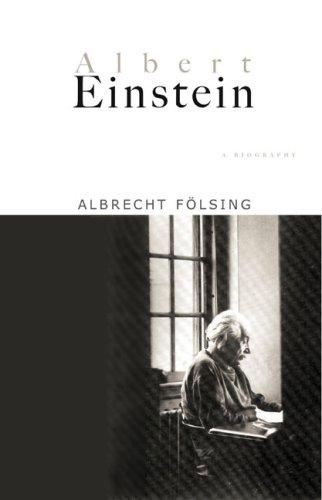 9780670855452: Albert Einstein: A Biography