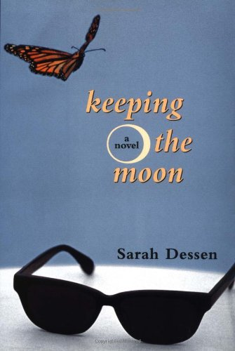 9780670885497: Keeping the Moon