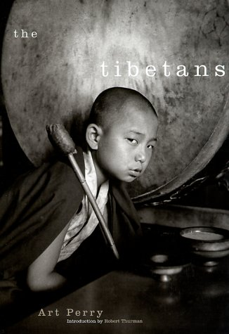 9780670886456: The Tibetans: Photographs