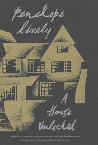 9780670899548: A House Unlocked