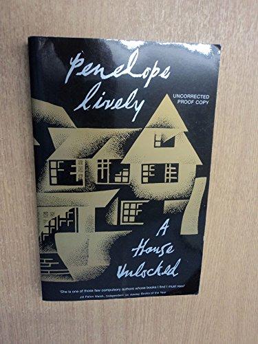 9780670912667: A House Unlocked