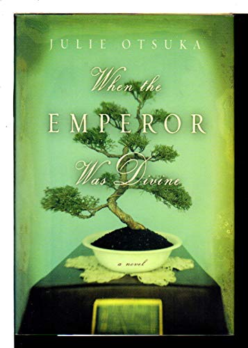 9780670913930: When the Emperor Was Divine (Om)