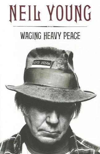 9780670921720: Waging Heavy Peace: A Hippie Dream