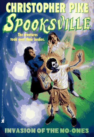 9780671002633: Invasion of the No Ones (Spooksville)