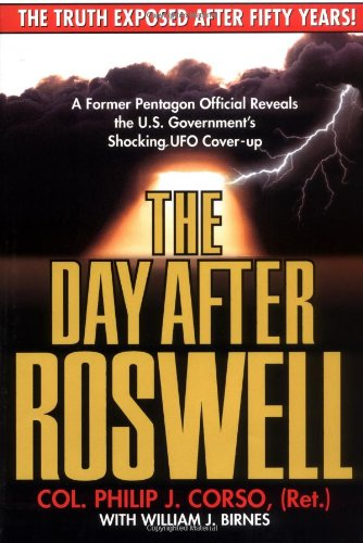 9780671004613: The Day After Roswell