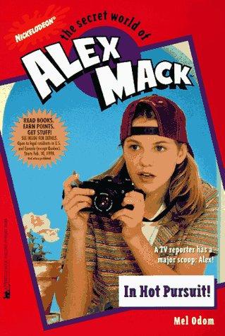 9780671018924: In Hot Pursuit Alex Mack 25 (Alex Mack)