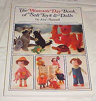 9780671220853: The Woman's Day Book of Soft Toys and Dolls